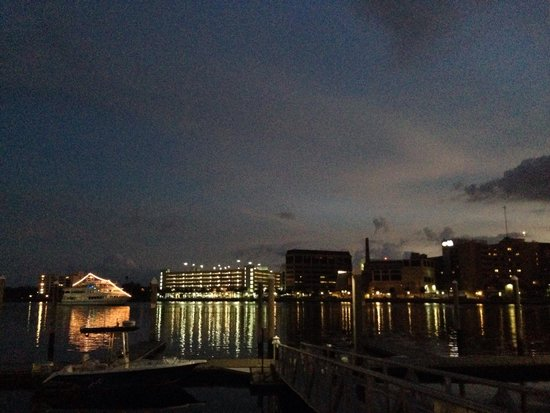 Tampa Marriott Waterside Hotel & Marina: Marriott Hotel & Waterside Marina is boaters dream