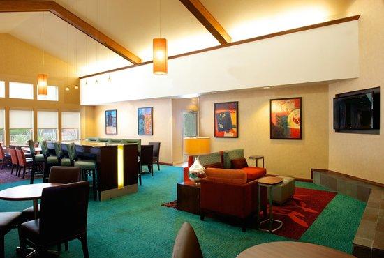 Residence Inn Phoenix Airport: Lounge