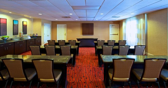 Residence Inn Phoenix Airport: Meeting Room