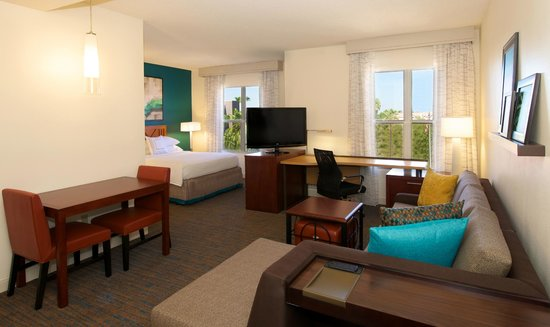 Residence Inn Phoenix Airport: Queen Suite