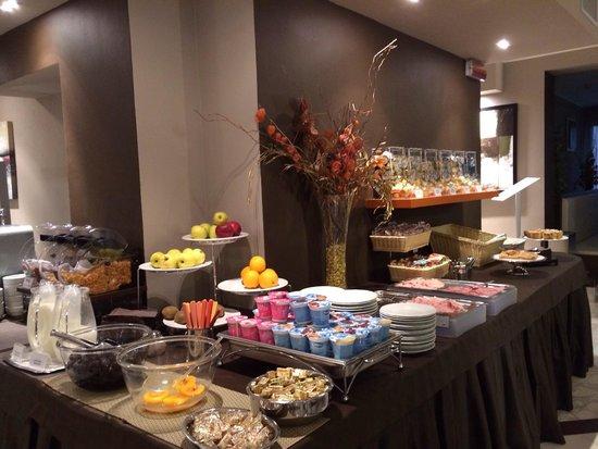 Soperga Hotel: Breakfast
