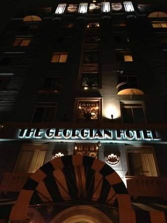 The Georgian Hotel : Hotel front at Night