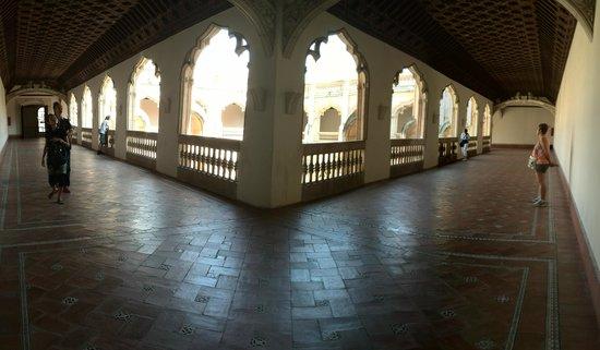 Monasterio de San Juan de los Reyes: claustro superior