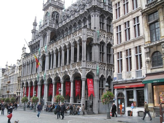 Hilton Brussels City: Grand Palace...