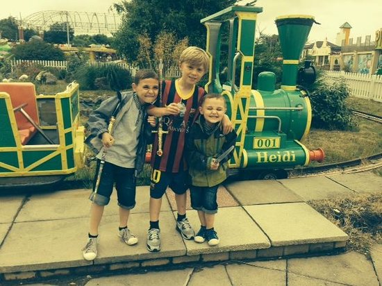 Southport Pleasureland: Grandsons - Harry, Jack & Paddy enjoying Pleasureland