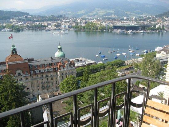 Art Deco Hotel Montana Luzern: View from room balcony