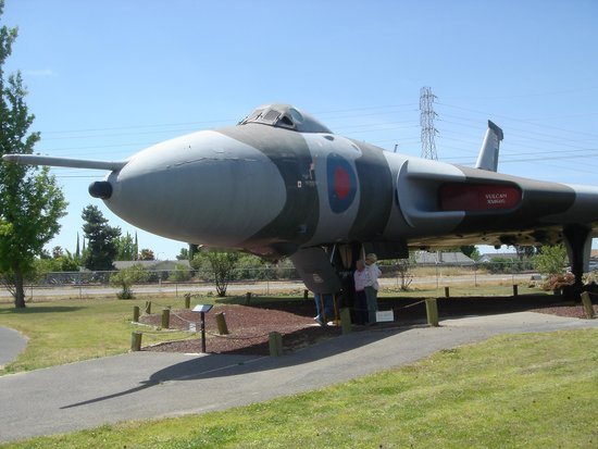 Castle Air Museum: British Vucan
