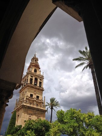Mezquita-Catedral de Córdoba: Outside