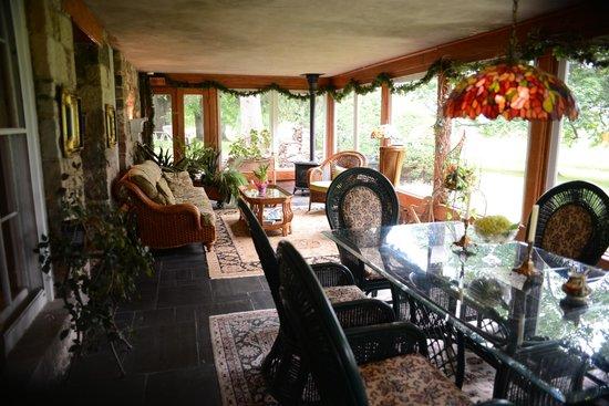Morgan Samuels Inn : Sun porch