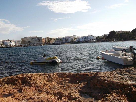 Intertur Hotel Miami Ibiza: view of the bay
