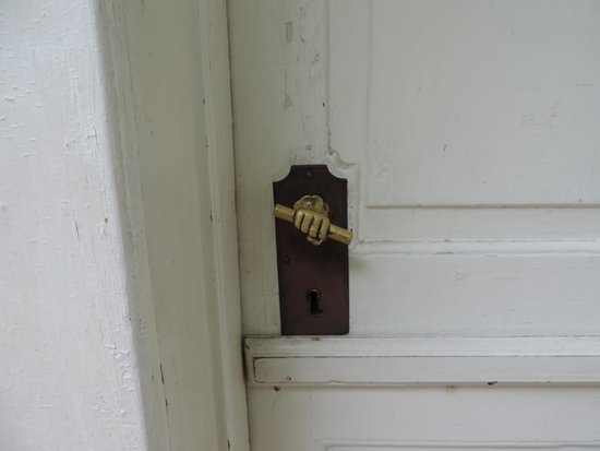 Old Salem Museums & Gardens: An interesting, old doorknob