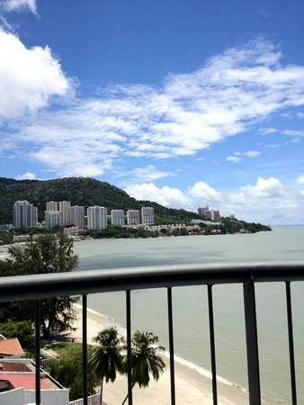 Flamingo Hotel by the Beach, Penang: Balcony View