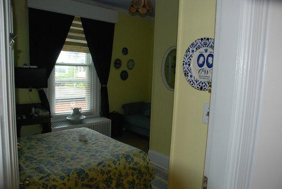 Auberge McGee's Inn: room 15