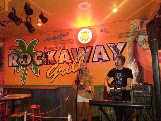 Frenchy's South Beach Cafe : Shane & Emily playing at Frenchie's Rockaway Grill in Clearwater Beach, FL
