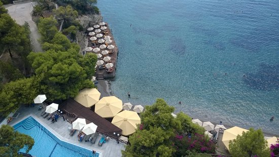 Sirene Blue Resort : Pool and Sea