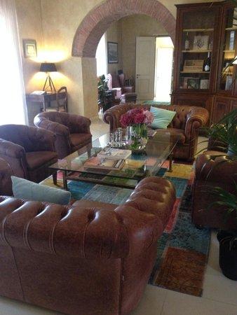 Hotel Villa Campomaggio Resort & Spa : Lounge area