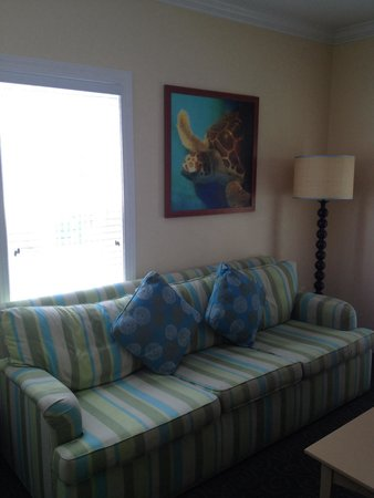 Parrot Key Hotel and Resort: Living room 52B