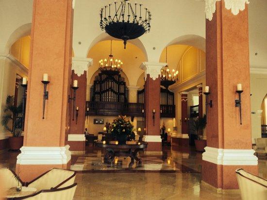 Valentin Imperial Maya : Main Lobby