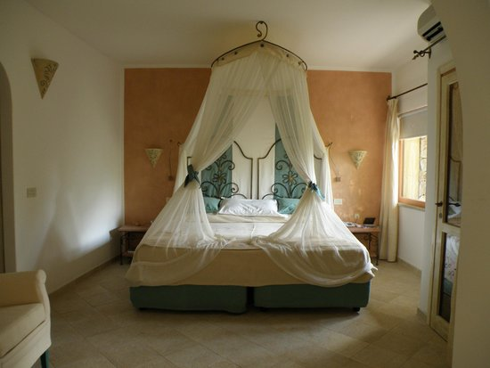Hotel Capo D'Orso Thalasso & Spa : Kamer