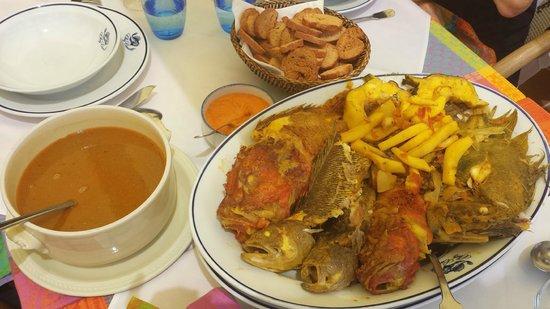 Chez Camille: Rouille, bouillon (à volonté), et les poissons.