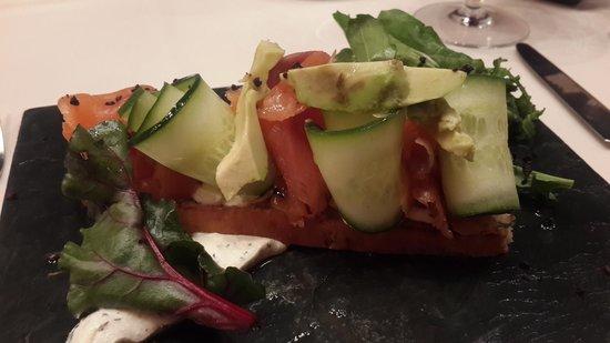 Sibaris: Bruschetta de salmón