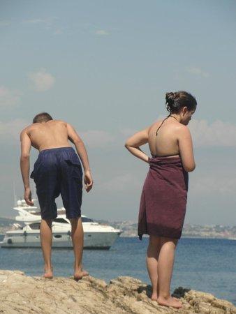 Île Sainte-Marguerite: Badevergnügen wenn man einen Platz ergattert