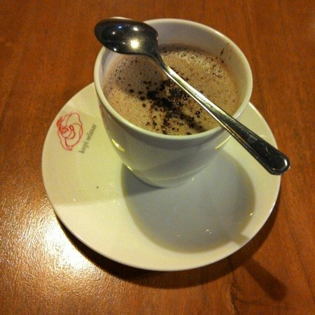 Kopi Selasar (Selasar Sunaryo Art Space): Chocolate mint - thick Chico and mint. I love it