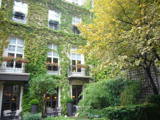 Place des Vosges : I cortili