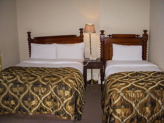 Ariel House: Room 230
