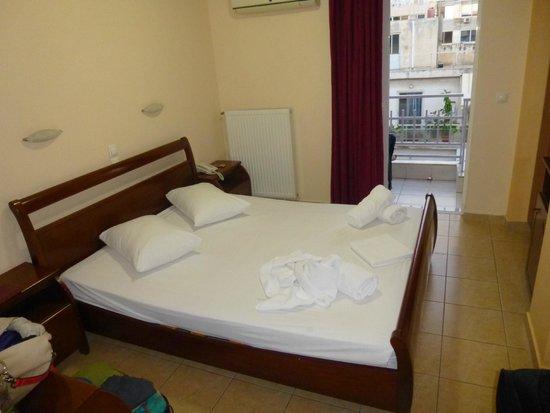 Faros 1 Hotel : Room