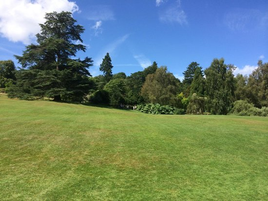 Chartwell : Some of the infamous views from the property & ideal for a picnic or absorbing the tranquility o