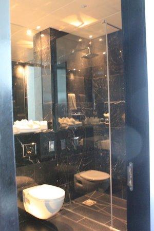 The Marker Hotel: Bathroom