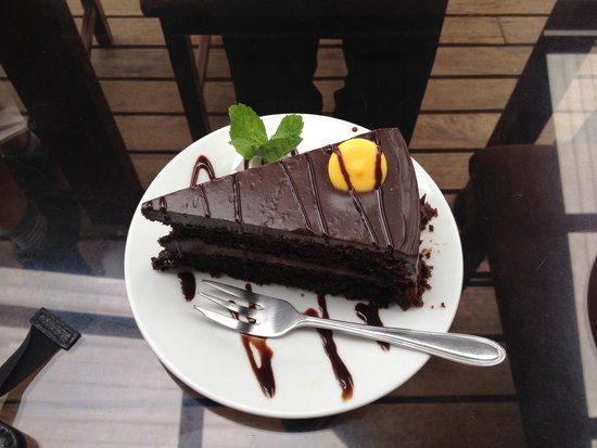 Cafe Orchid Coffee Shop: Now that is what I call Chocolate cake!