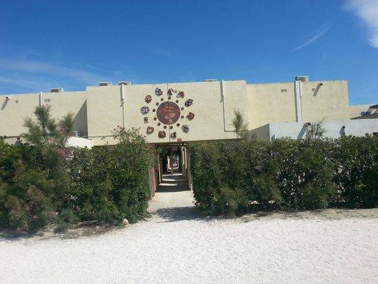 VVF Villages Les Portes Du Roussillon : club