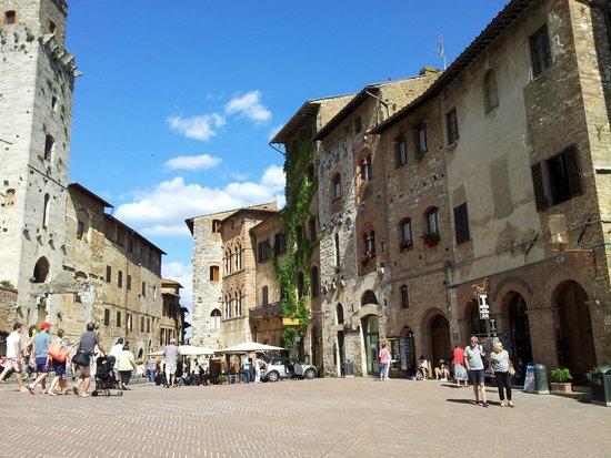 Piazza della Cisterna: Bella vista