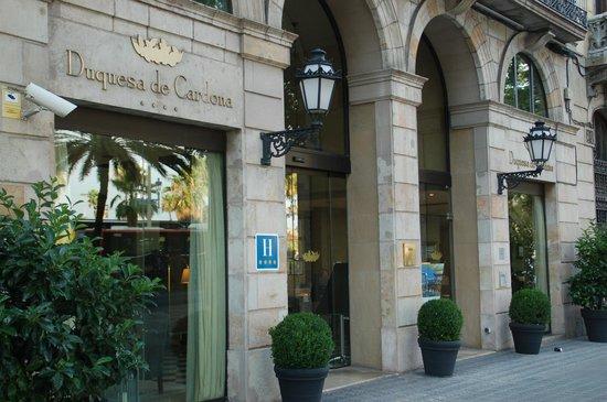 Hotel Duquesa de Cardona : Vue extérieure de l'hôtel