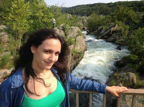 Great Falls Park: Снова я на фоне водопада