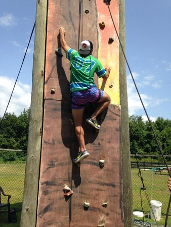 Pinegrove Family Dude Ranch: Rock Climbing Wall