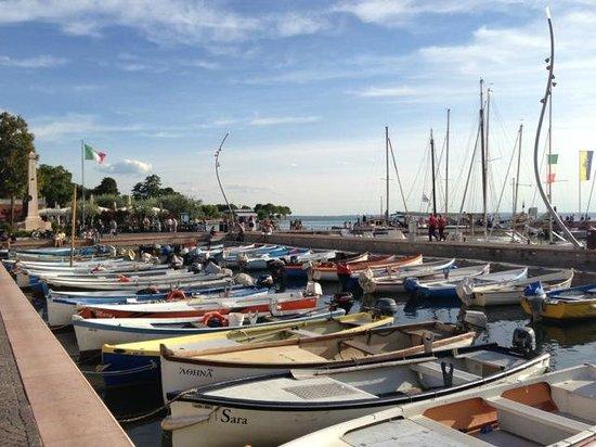 Hotel Caesius Thermae & Spa Resort : Hafen Bardolino