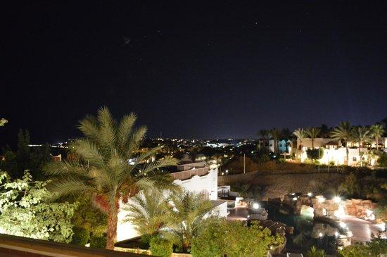 Domina Coral Bay Oasis: отель ночью