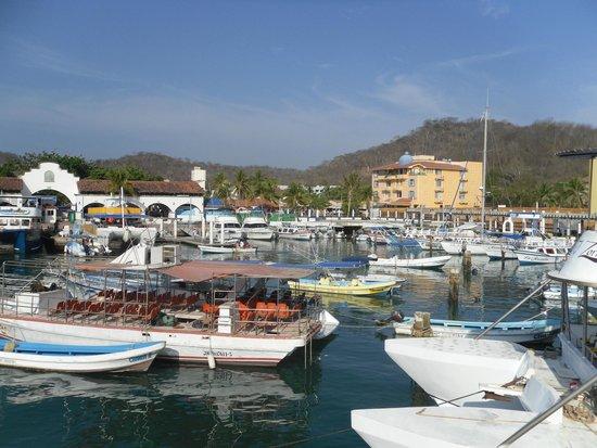 Hotel Villablanca Huatulco : Santa Cruz Marina