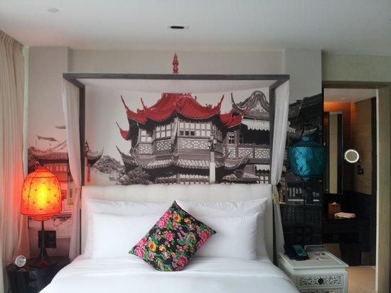 Hotel Indigo Shanghai on the Bund: Comfortable bed!