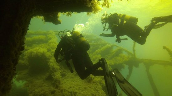 Neptunes Diving Malta: On the wreck of the Maori