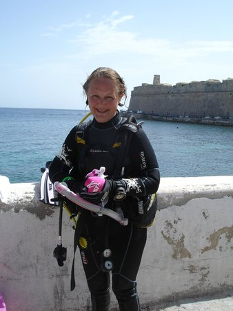 Neptunes Diving Malta: I cant beleive it ive passed my open water divers course!