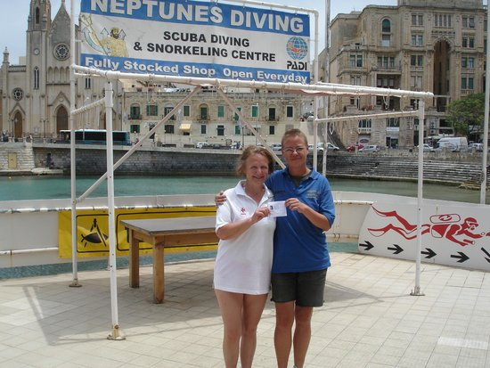 Neptunes Diving Malta: Passed my Open Water Diver Course with Franca