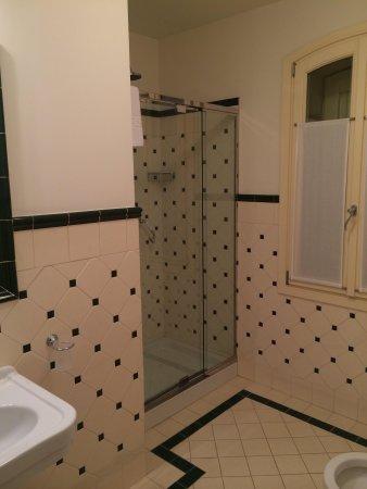 Relais Villa Valfiore: Salle de bains