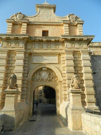 Mdina Old City: Gates to the city of Mdina