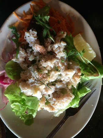 The Purple Heather Restaurant: Crab salad