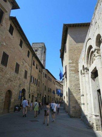 Rome Driving Tours: San Gimignano