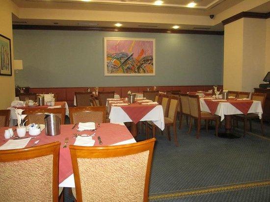 BEST WESTERN PREMIER Hotel Astoria: Breakfast area